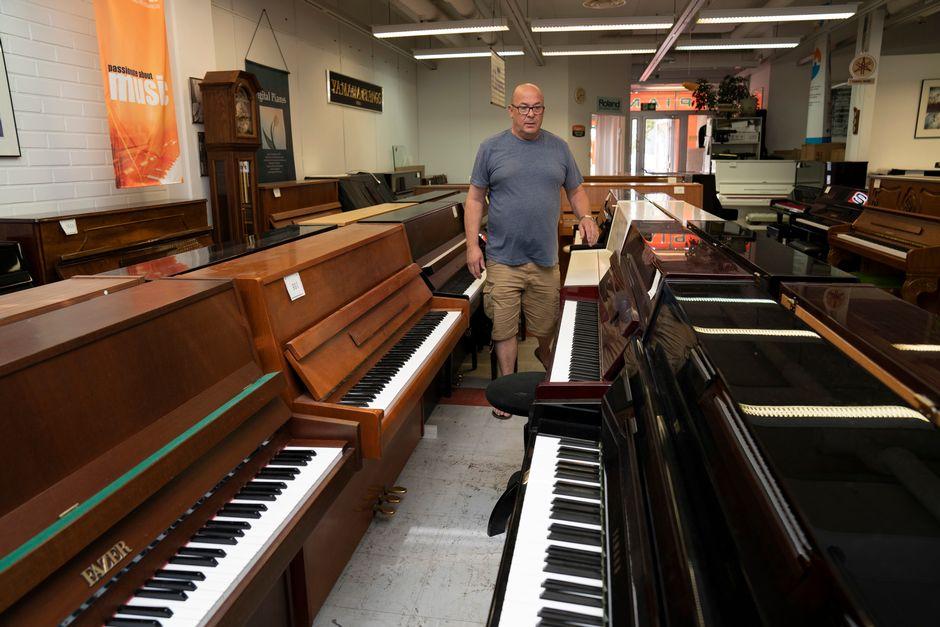 Pianokeskus oy:n omistaja Arto Tuominen