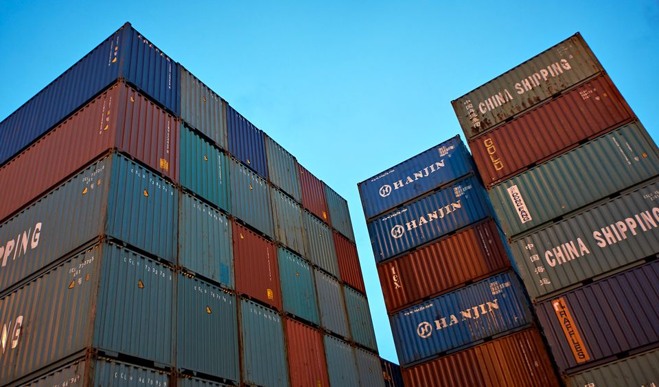 U.S. trade deficit reaches highest level since 2008