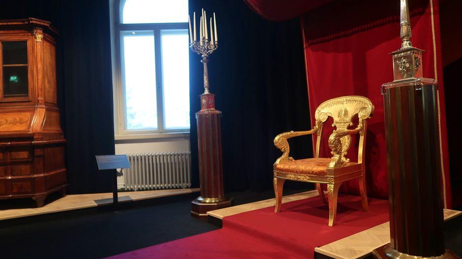 Kuninkaanlinnaan hankittua kalustoa Museo Milavidassa