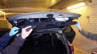 Huumausaineita piilotettuna auton sisälle