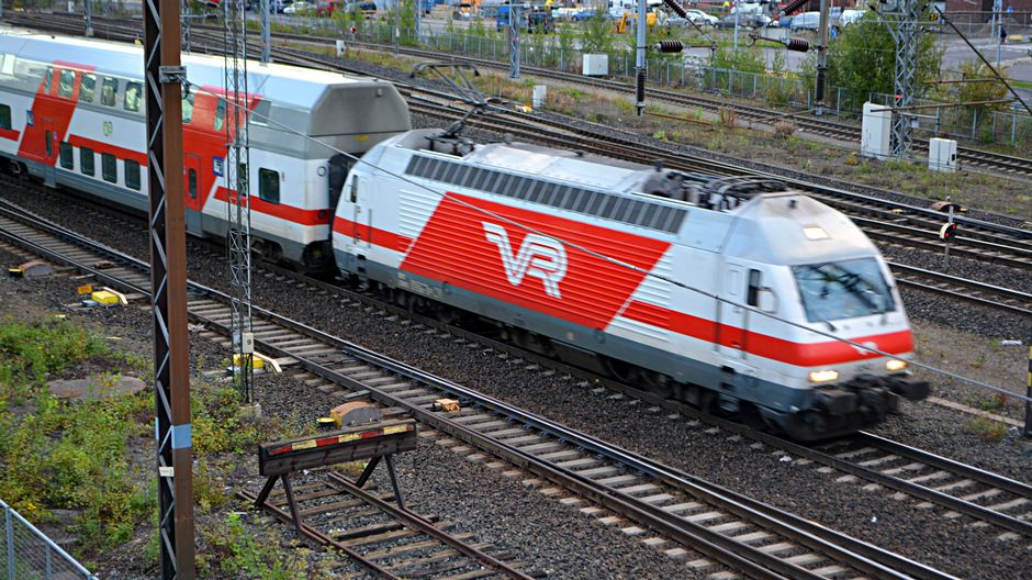 Conductor attacked on Tampere-Helsinki train   Yle Uutiset   yle.fi