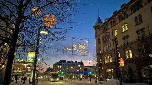 Tampereen Hämeenkatu talvella
