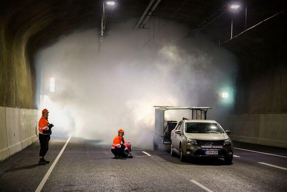Savunpoistoharjoitus Tampereen Rantaväylän tunnelissa