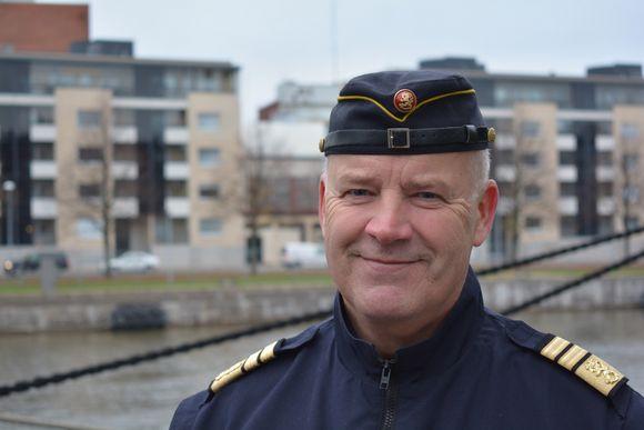 Merivoimien komentaja Veijo Taipalus.