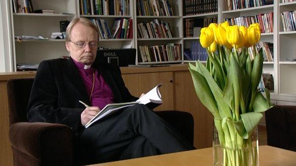Arkkipiispa Kari Mäkinen.