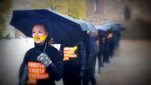 Kävely ihmiskauppaa vastaan Turussa.