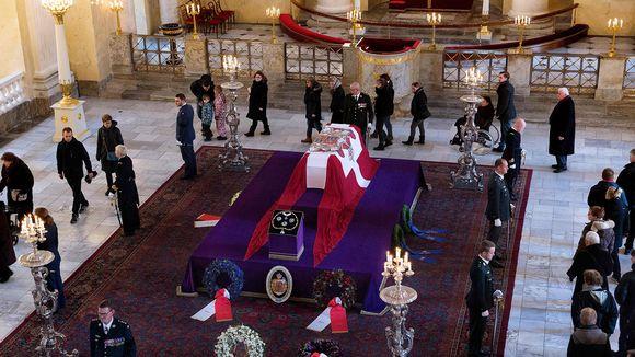 Tanskan prinssi Henrikin hautajaiset Christiansborgin linnan kirkossa Kööpenhaminassa 20. helmikuuta.