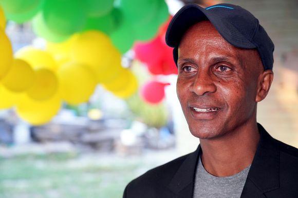 Etiopian lipun värisillä ilmapalloilla juhlittiin Eskinder Negan vapautumista, mutta hänet vangittiin vielä uudelleen.