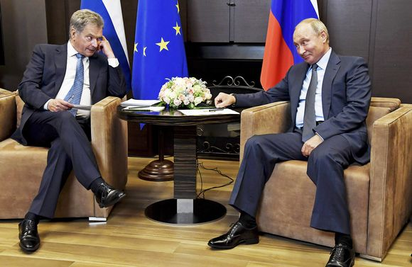 Sauli Niinistö ja Vladimir Putin Sochissa.