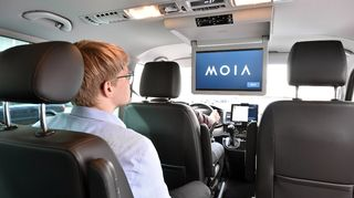 MOIA-palvelun ajoneuvo.