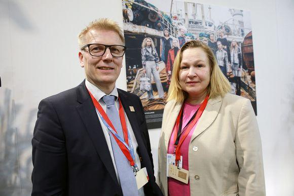 Kimmo Tiilikainen ja Outi Honkatukia