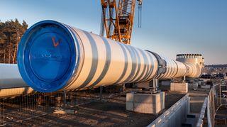 Nord Stream 2:n kaasuputki ja ventiili Lubminin rantautumispaikassa Greifswaldin ulkopuolella.