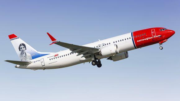 Norwegianin Boeing 737-8 MAX -lentokone.