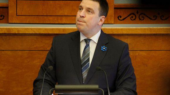Jüri Ratas puhujapöntössä.