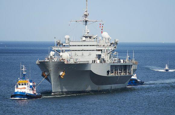 USS Mount Whitney Gdanskissa vuonna 2016