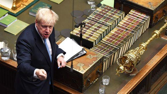Boris Johnson puhumassa parlamentissa Lontoossa 25. heinäkuuta.