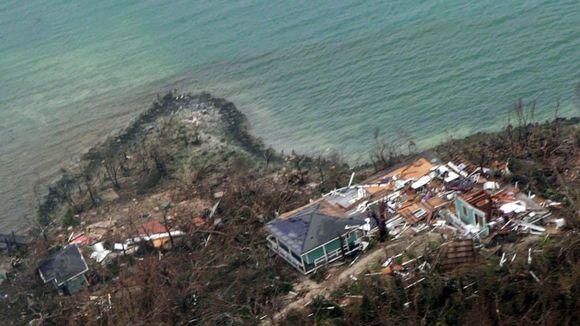 Myrskyssä tuhoutuneita rakennuksia Bahamasaarilla 3. syyskuuta.