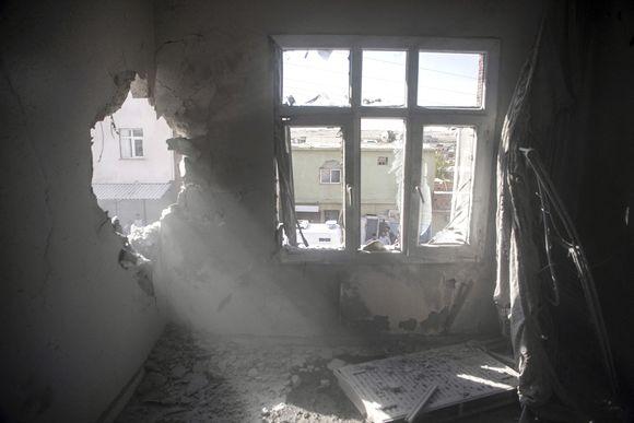 Sodan jälkiä turkkilaisessa Akcakalen rajakaupungissa 13. lokakuuta.