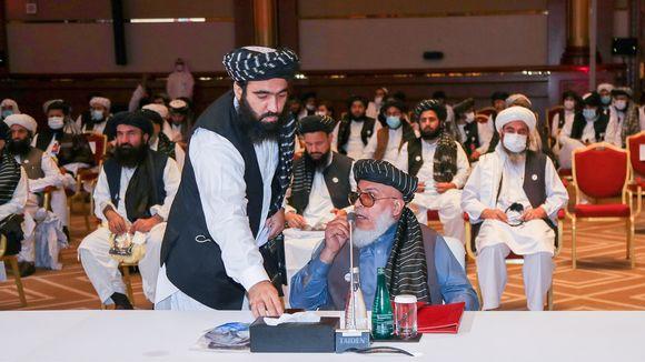 Taliban-järjestön neuvottelija Abbas Stanikzai neuvottelujen avajaisseremoniassa Dohassa 12. syyskuuta.