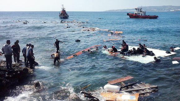 Pakolaisia rantautui Rhodoksen saarelle Kreikassa 20. huhtikuuta.