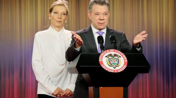 Kolumbian presidentti Juan Manuel Santos kiitti kaikkia rauhanvälitykseen osallistuneita tahoja.