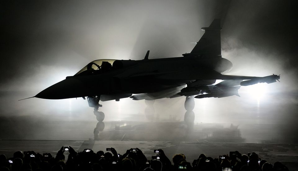 Finland seeks bids for €10bn fighter jet purchase | Yle Uutiset | yle fi