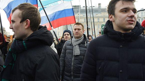 Aleksei Navalnyi mielenosoituksessa Moskovassa ennen pidätystä sunnuntaina.