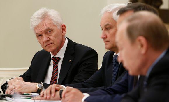 Gennadi Timtšenko osallistui Kremlissä presidentti Vladimir Putinin ja ranskalaisten liikemiesten tapaamiseen toukokuussa 2016.