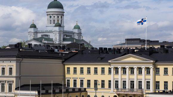 Presidentinlinna ja Tuomiokirkko.
