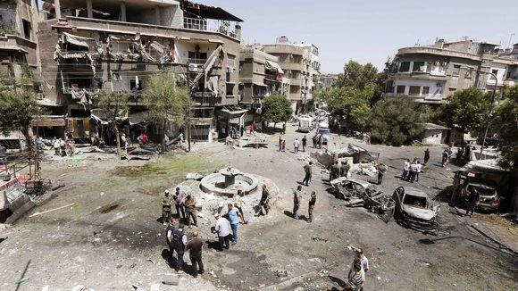 Autopommin auheuttamaa tuhoa Damaskoksessa.