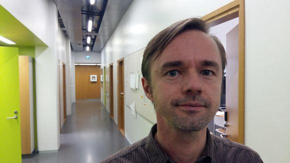 Johan Nyman arrangerar i Åbo en debatt om jämställdhet ur mansperspektiv.