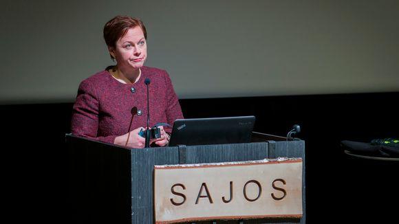 Paula Lehtomäki saamelaiskulttuurikeskus Sajoksessa Inarissa