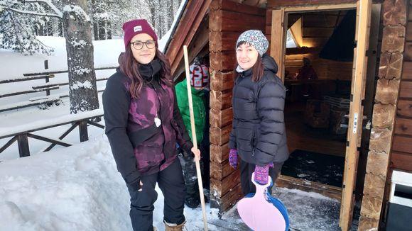 Inarin koulun saamenluokan opettajat Margareetta Suoninen ja Siiri Magga.