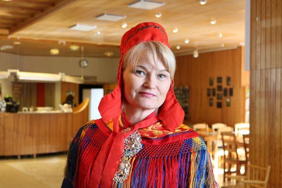 Saamelaiskäräjien virkaatekevä kulttuurisihteeri Riitta Orti-Berg