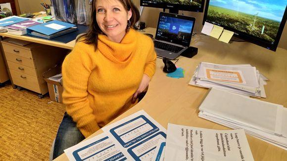 Anne-Mari Kalla Inarin kunnan viestinnästä.