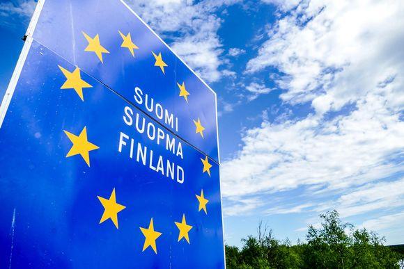 Skylt med texten Finland och Europeiska unionen.