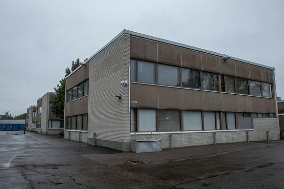 Vartiokylän ala-asteen väistötila Malmilla.