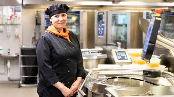 Marika Liimatainen Inarin ruokapalvelukeskukselta.
