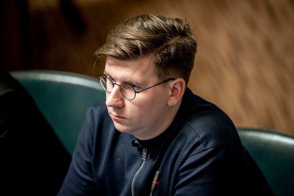 Kansanedustaja Sebastian Tynkkynen PS, täysistunnossa