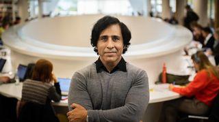 Helsingin yliopiston sosiologian tutkija Akhlaq Ahmad.