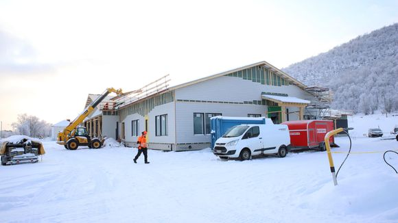 Utsjoen uuden koulun rakennustyömaa.