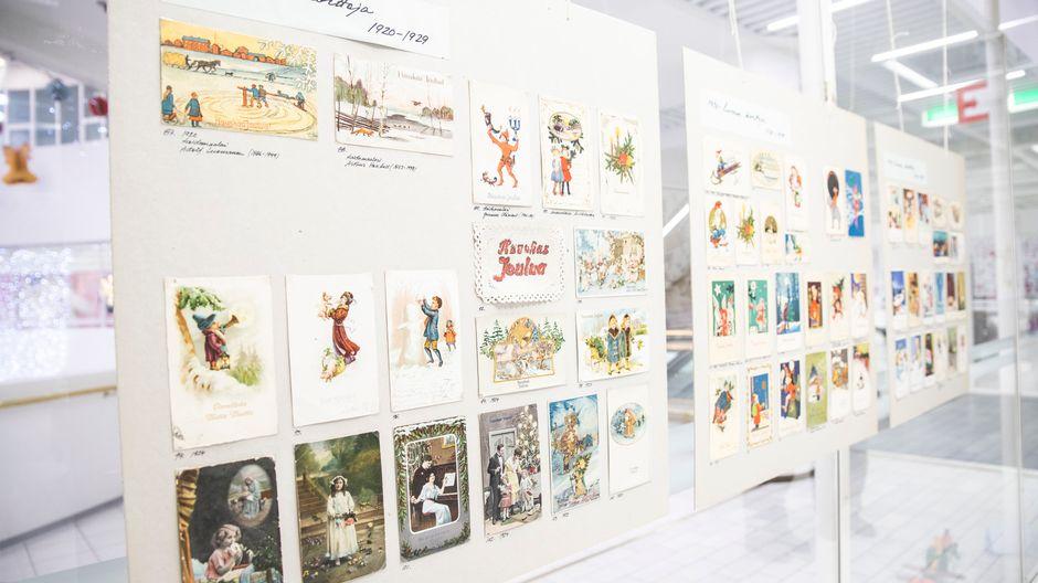Postikortti näyttely Kuopion kauppakeskus Minnassa