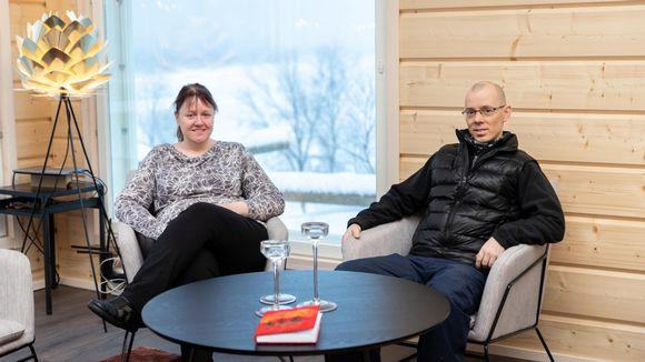 Tiina Salonen ja Mika Länsman.