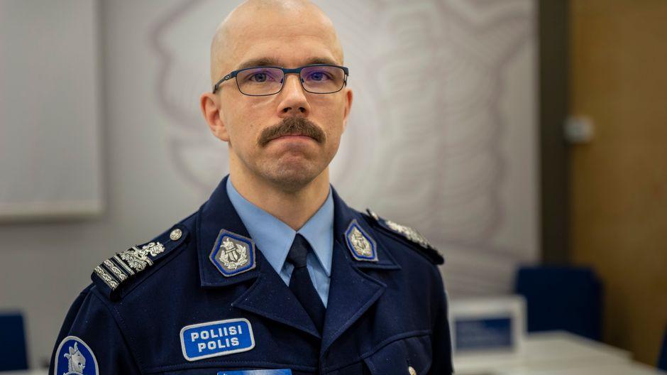 poliisitarkastaja Konsta Arvelin, poliisihallitus
