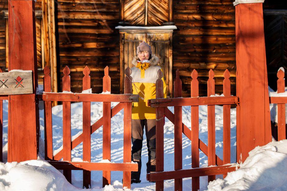 Helena Eskola vieraili elämänsä ensimmäisen kerran Inarin Pielpajärven erämaakirkossa.