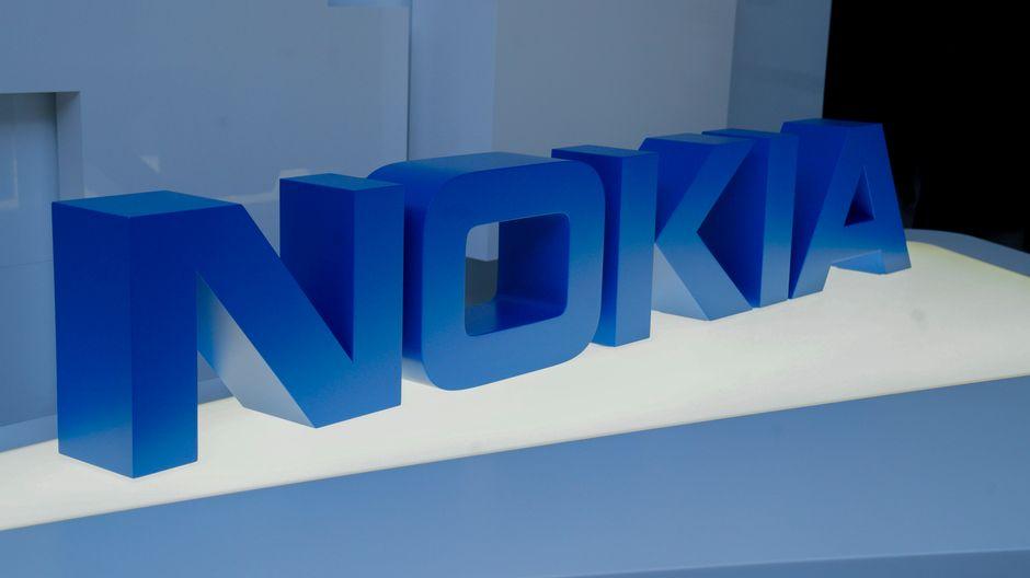Nokia получил первый большой заказ после того, как Британия исключила Huawei из своих сетей 5G