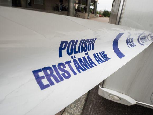 Poliisin eristämä alue