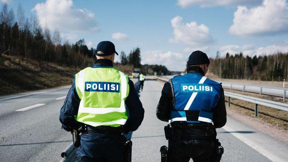 poliisin tiesulku ykköstie