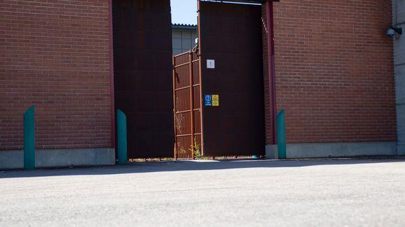 Vantaan vankilan portti aukeaa