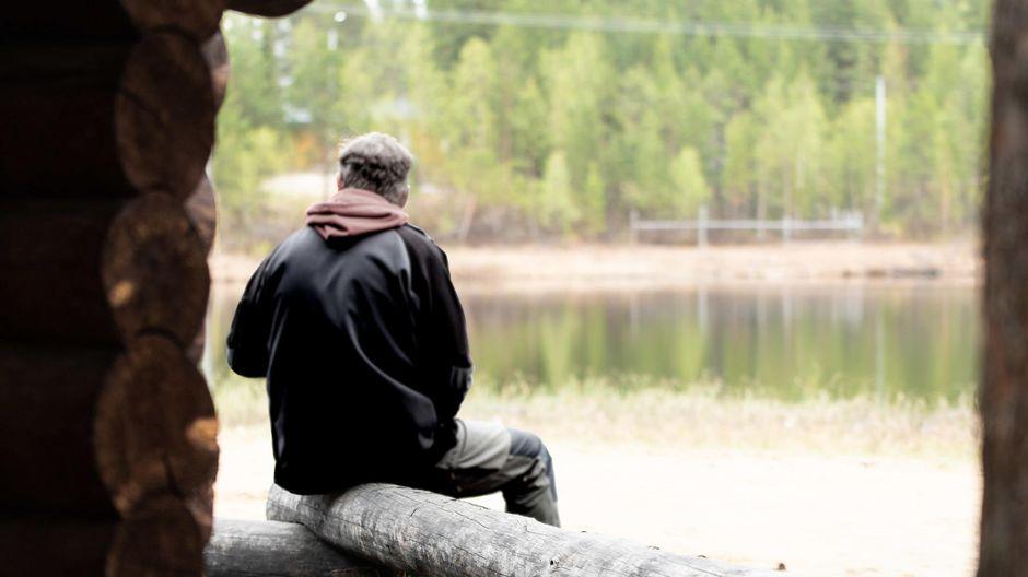 Anonyymit Alkoholistit aktiivi Tapani (nimi muutettu) kertoo yksinäisyyden lisääntyneen koronan aikana.